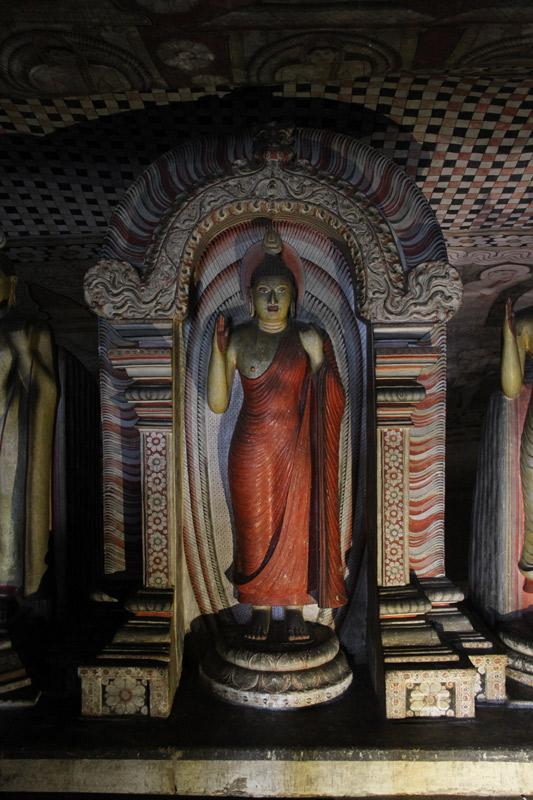 sri-lanka-bouddha-tit-fees