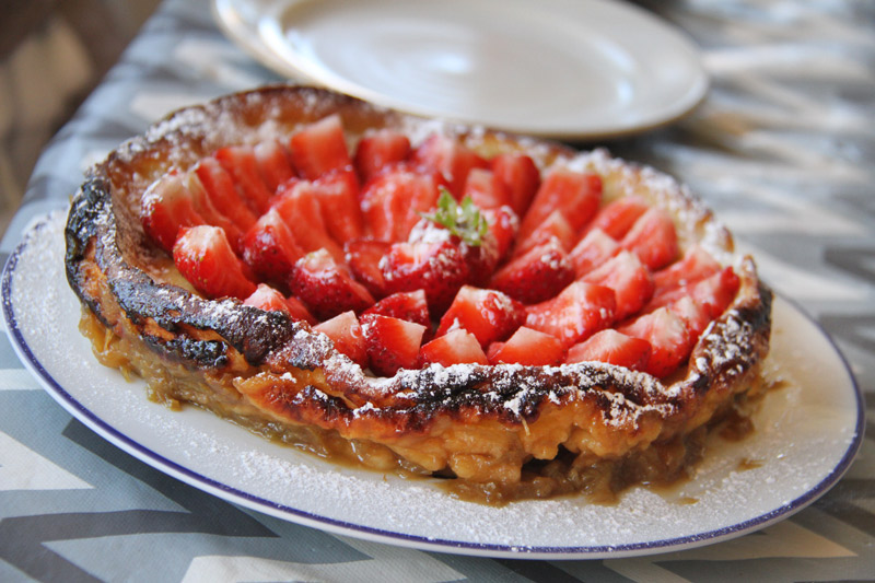 Clafoutis rhubarbe & fraises