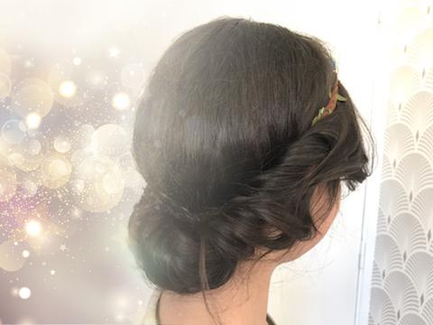 La coiffure de fêtes de Louisette